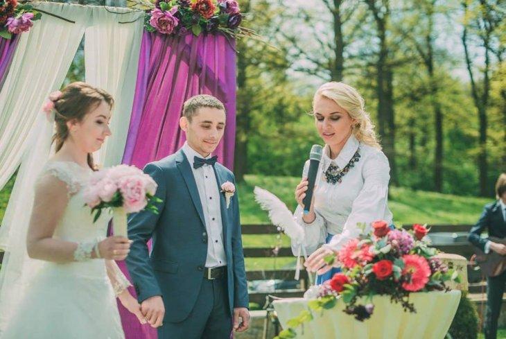 d11627d88650f0 ... у ролі нареченої. Не хочу також пишної сукні, проте якою саме вона  буде, ще не знаю. Весілля відбудеться у Тернополі. Запрошу рідних, друзів і  колег.