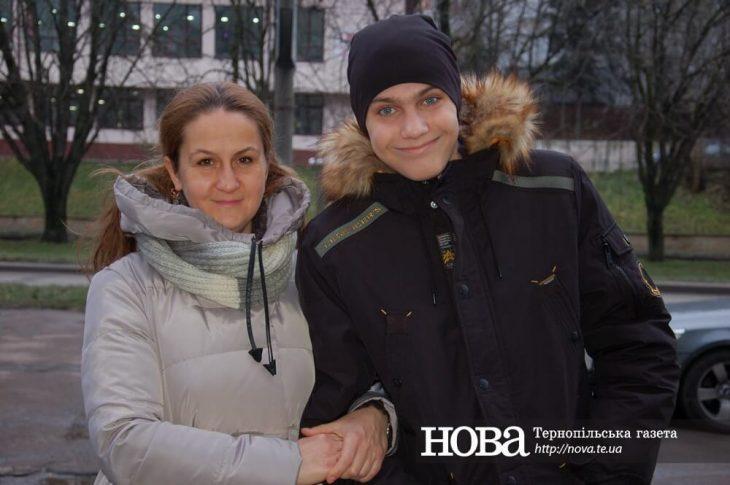 сказала завідуюча дитячим опіковим відділенням Київської міської клінічної  лікарні №2 батькам 15-річного тернополянина 5a6c3319f7460