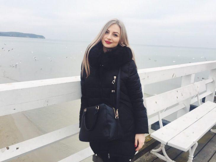 На Тернопільщині автомобіль убив 21-річну дівчину на очах батька (Фото)